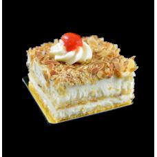 almond cake with cream