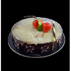 chocolate and cream pastry cake